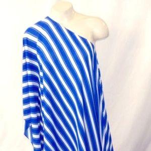 Vince Camuto Blue and White Asymmetrical 1-Slv 3X